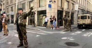"Soldiers of French anti terrorist plan ""Vigipirate Mission"""