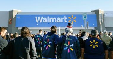 El Paso Walmart employees