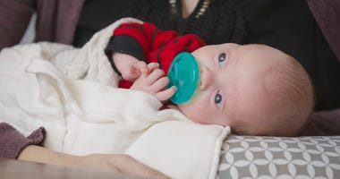 Jennifer Gobrecht gave birth to a boy following a uterine transplant.
