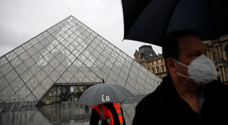 The Louvre was closed again for fear of coronavirus outbreak.
