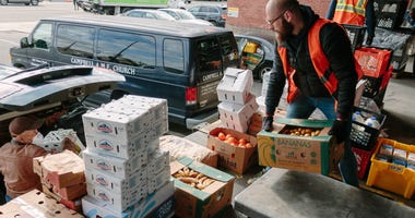 Philabundance volunteers during the COVID-19 pandemic