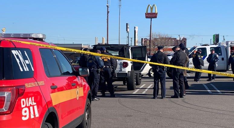Body found in Jeep in South Philadelphia
