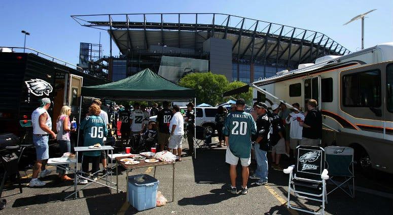 Eagles Fans Tailgating