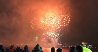 With ponchos on and umbrellas in hand, crowds weren't about to let rain stop them from enjoying fireworks along the Delaware River Waterfront to ring in 2019.