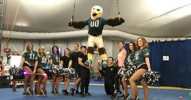 "Eagles Cheerleaders / Cirque de Soleil's ""Volta"""