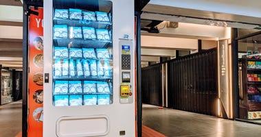 Face mask vending machine