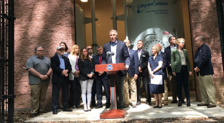 State Rep. Todd Stephens and Gov. Tom Wolf were among about a dozen state lawmakers in Horsham trying to rally support for a few different plans aimed at ensuring safe drinking water.
