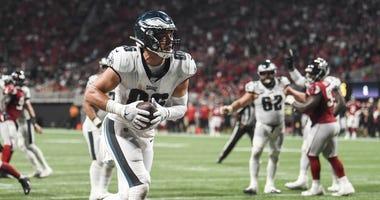 Philadelphia Eagles tight end Zach Ertz (86) scores a two point conversion against the Atlanta Falcons during the fourth quarter at Mercedes-Benz Stadium.