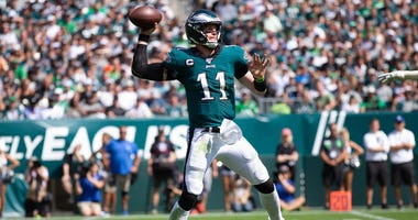Eagles quarterback Carson Wentz (11) passes the ball against the Detroit Lions.