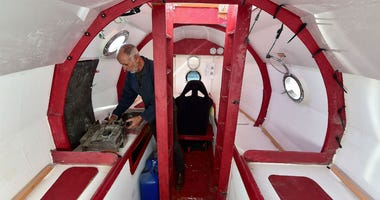 Elderly Frenchman sets sail across the Atlantic -- in a barrel