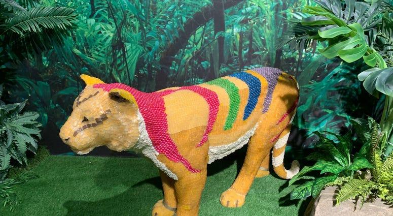 A candy sculpture of a jungle cat.