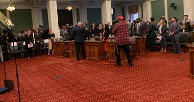Councilmember Katherine Gilmore Richardson shaking hands with Mayor Kenney.