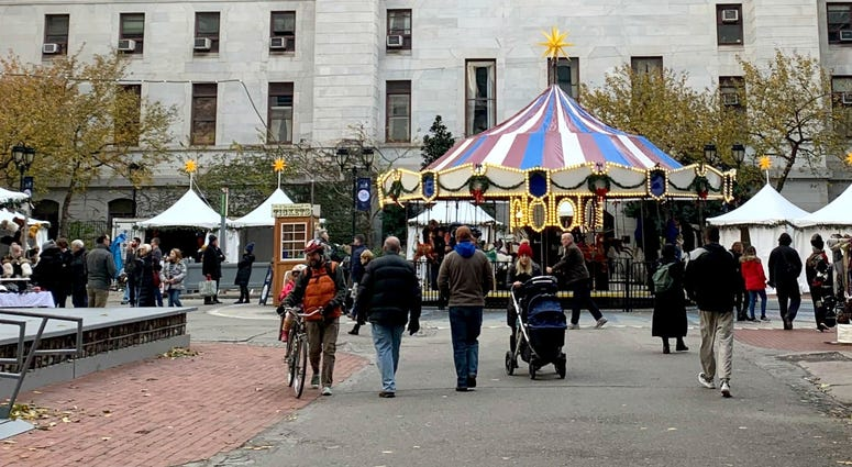Visitors at the pop-up holiday markets in Center City.