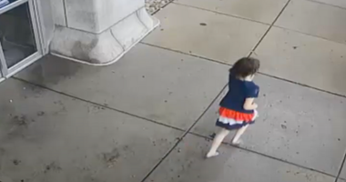10-year-old girl runs shoeless in South Philly