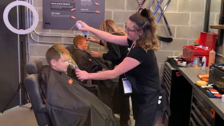 At the Gritty C.O.M.M.A.N.D. Center, Flyers fans can get a Gritty makeover.