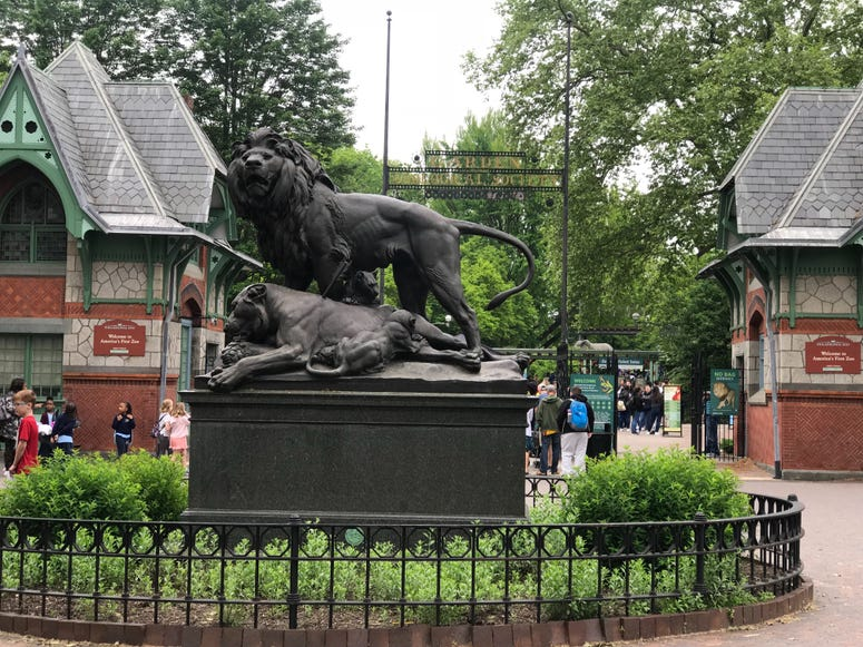 The entrance of the Philadelphia Zoo