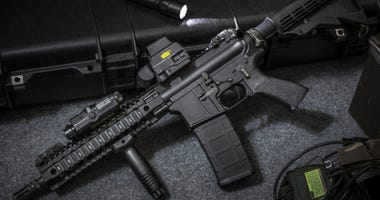 Assault rifle AR15