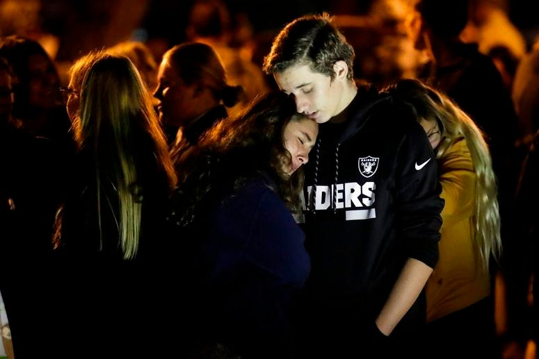 Saugus students embrace