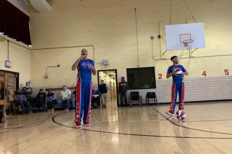 At North Philly school, the Harlem Globetrotters bring tricks and anti-bullying message