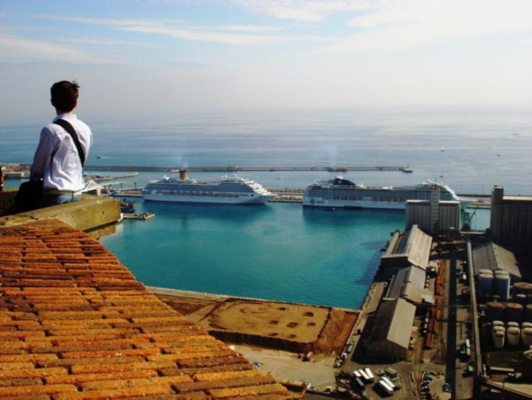 Barcelona cruise terminal
