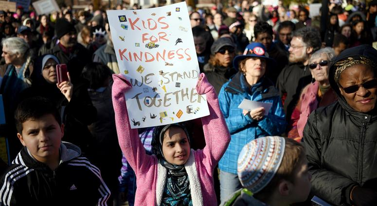 Teaneck Together organized a rally showing Teaneck will stand together in solidarity with Muslims and immigrants of all nationalities in our community against the ban on immigration in 2017.
