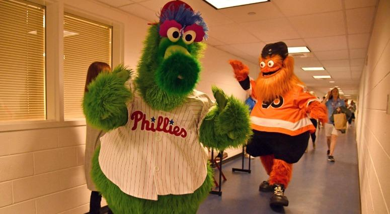 Phillie Phanatic and Gritty