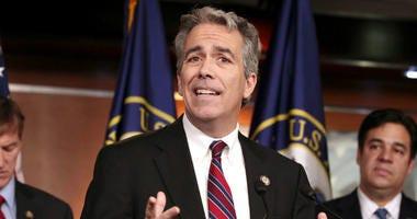 Ex-Rep. Joe Walsh making longshot GOP challenge to Trump