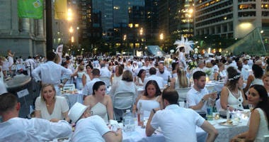 the secret location of 2018 Diner en Blanc was Dilworth Park and Thomas Paine Plaza.