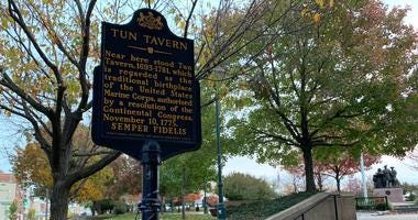 The Tun Tavern marker, commemorating the birthplace of the United States Marine Corps.