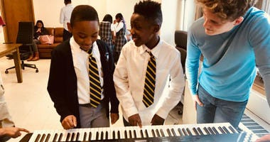 Philadelphia-area second graders get a taste of the arts during international Teach Music Week.