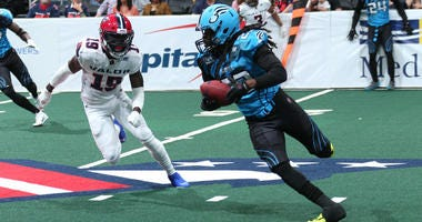 Philadelphia Soul defensive back Dwayne Hollis.