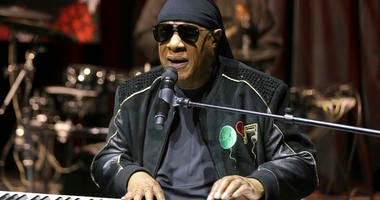 Stevie Wonder says he will be receiving a kidney transplant this fall. The 69-year-old music legend made the announcement to concertgoers in England on Saturday, July 6, 2019.