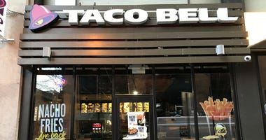 Taco Bell at 12th and Chestnut in Center City Philadelphia