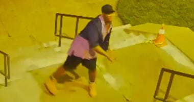 Suspect throws rocks at mosque