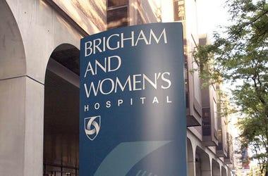 Brigham & Women's Hospital Sign
