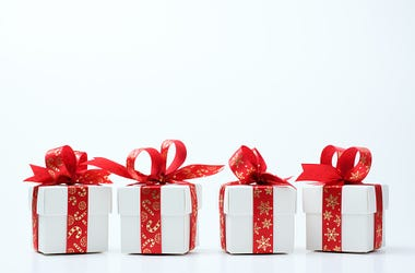 "The ""Four-Gift Rule"" Could Save You a Ton of Time and Money"