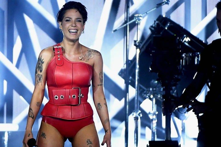 Halsey at the Billboard Music Awards