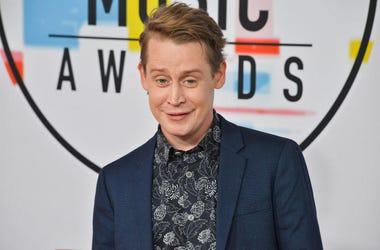 Macaulay Culkin at the 2018 American Music Awards