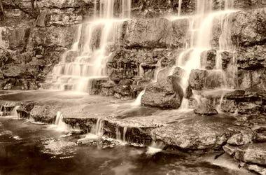 Waterfall in Zilker Botanical Gardens in ATX  / timsdd Getty Image