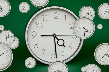 Clocks, Daylight Savings Time