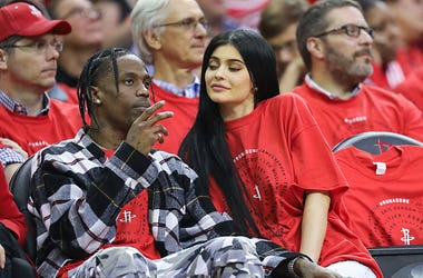 Houston rapper Travis Scott and Kylie Jenner court side at the Houston Rockets and Oklahoma City Thunder game