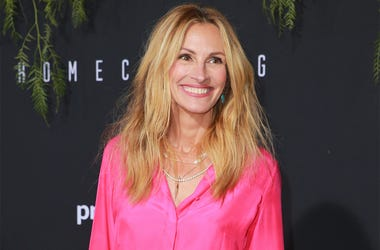 LOS ANGELES, CA - OCTOBER 24: Julia Roberts attends the premiere of Amazon Studios' 'Homecoming' at Regency Bruin Theatre on October 24, 2018 in Los Angeles, California. (Photo by Rich Fury/Getty Images)
