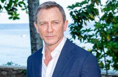 "MONTEGO BAY, JAMAICA - APRIL 25: Actor Daniel Craig attends the ""Bond 25"" Film Launch at Ian Fleming's Home ""GoldenEye"", on April 25, 2019 in Montego Bay, Jamaica. (Photo by Roy Rochlin/Getty Images for Metro Goldwyn Mayer Pictures)"