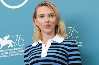 "VENICE, ITALY - AUGUST 29: Scarlett Johansson attends the ""Marriage Story"" photocall during the 76th Venice Film Festival at Sala Grande on August 29, 2019 in Venice, Italy. (Photo by Vittorio Zunino Celotto/Getty Images)"