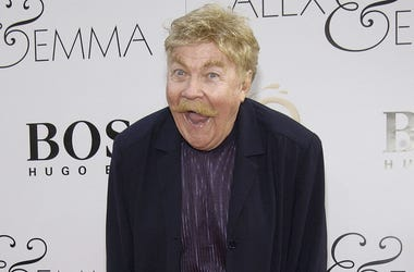 "HOLLYWOOD - JUNE 16: Actor/comedian Rip Taylor attends the world premiere of the Warner Bros. film ""Alex and Emma"" on June 16, 2003 at Grauman's Chinese Theatre in Hollywood, California. (Photo by Vince Bucci/Getty Images)"