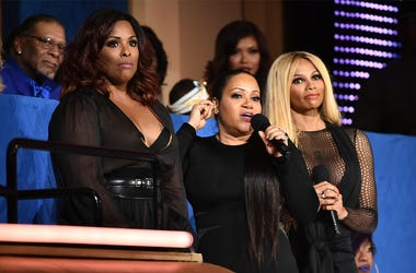 """NEW YORK, NY - JULY 11: (L-R) DJ Spinderella and Cheryl """"Salt"""" James and Sandra """"Pepa"""" Denton of Salt-N-Pepa speak during the VH1 Hip Hop Honors: All Hail The Queens at David Geffen Hall on July 11, 2016 in New York City. (Photo by Theo Wargo/Getty Images"""