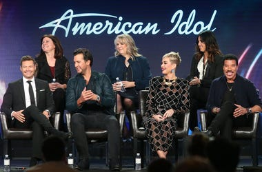 PASADENA, CA - JANUARY 08: (L-R, Back Row) Executive producer Jennifer Mullin, showrunner/executive producer Trish Kinane, co-executive producer Megan Michaels Wolflick (l-r, front row) host Ryan Seacrest, judges Luke Bryan, Katy Perry and Lionel Richie o