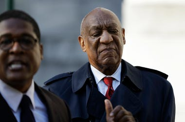 Bill Cosby arrives during jury deliberations in his sexual assault retrial, Thursday, April 26, 2018, at the Montgomery County Courthouse in Norristown, Pa. (AP Photo/Matt Slocum)