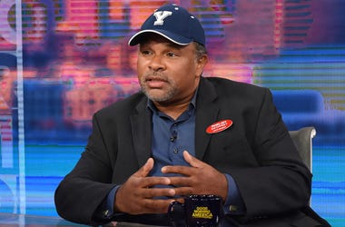 """This image released by ABC shows co-host Robin Roberts, left, with """"The Cosby Show"""" actor Geoffrey Owens during an interview on """"Good Morning America,"""" Tuesday, Sept. 4, 2018, in New York. Owens says he's thankful for the support he has received since pho"""