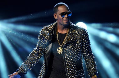 In this June 30, 2013 file photo, R. Kelly performs at the BET Awards in Los Angeles. A Georgia man involved with a recent documentary detailing abuse allegations against R. Kelly told police the singer's manager threatened him. A Stockbridge police repor
